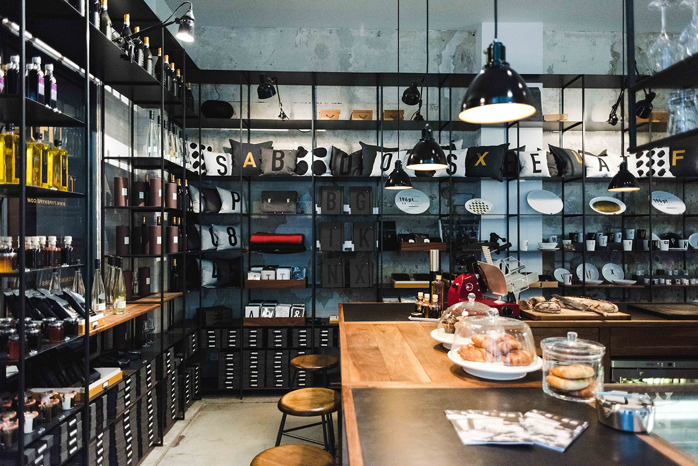 a guide to the best independent boutiques in berlin trouva stories. Black Bedroom Furniture Sets. Home Design Ideas